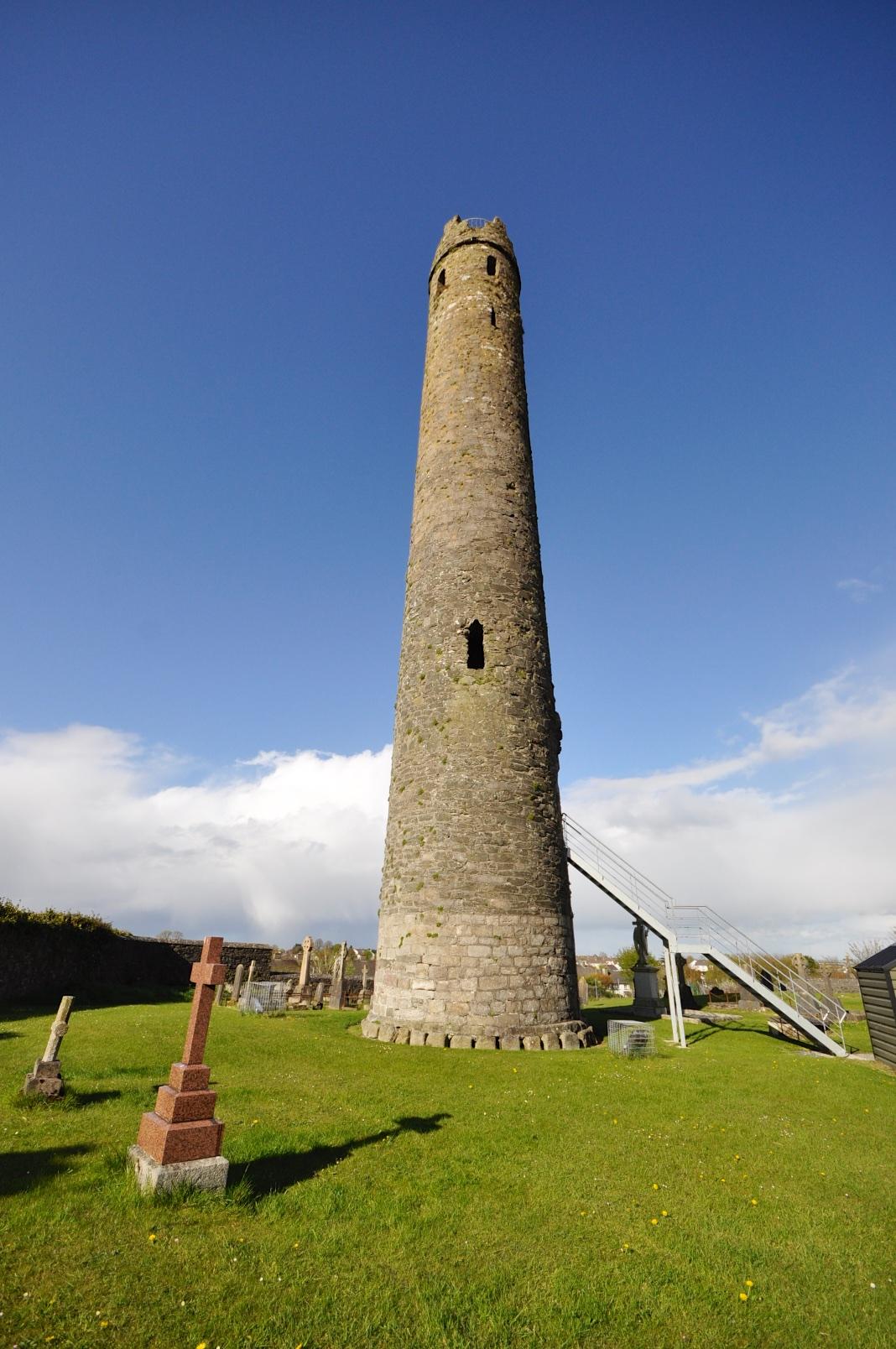1-1-kildare-round-tower-at-kildare