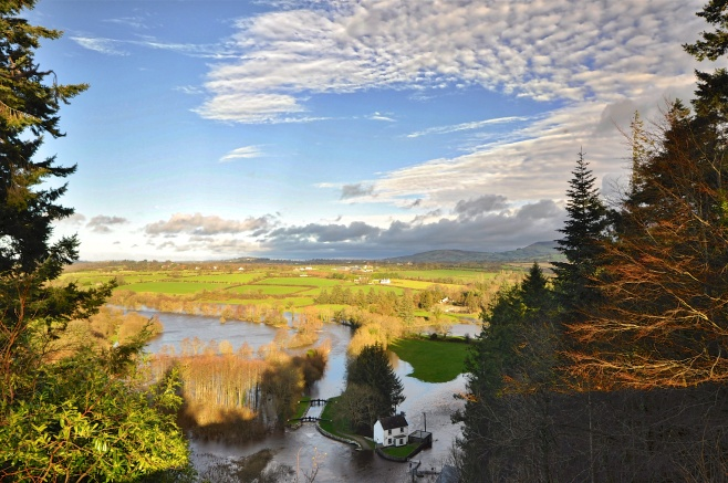 clashganney-flood-scene