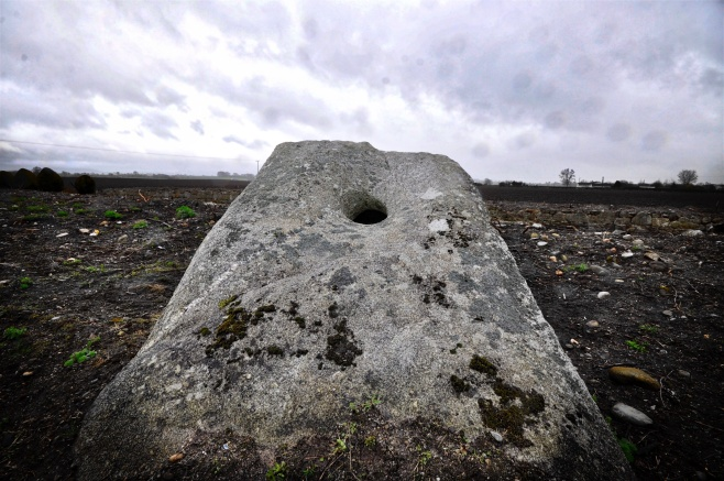 78 Aghade Holed Stone 2018-04-15